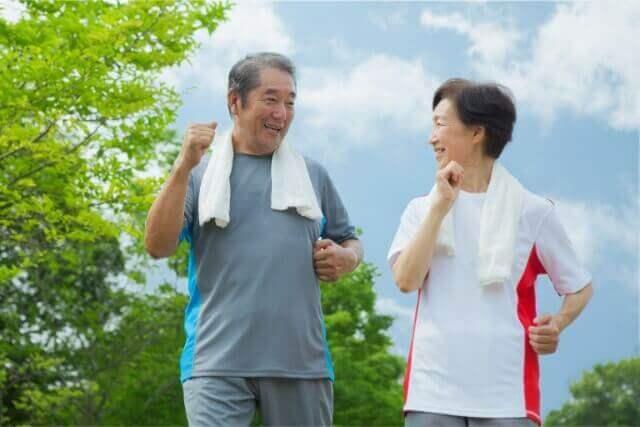 骨の老化を防ぐ!健康な足腰を手に入れるウォーキングの方法
